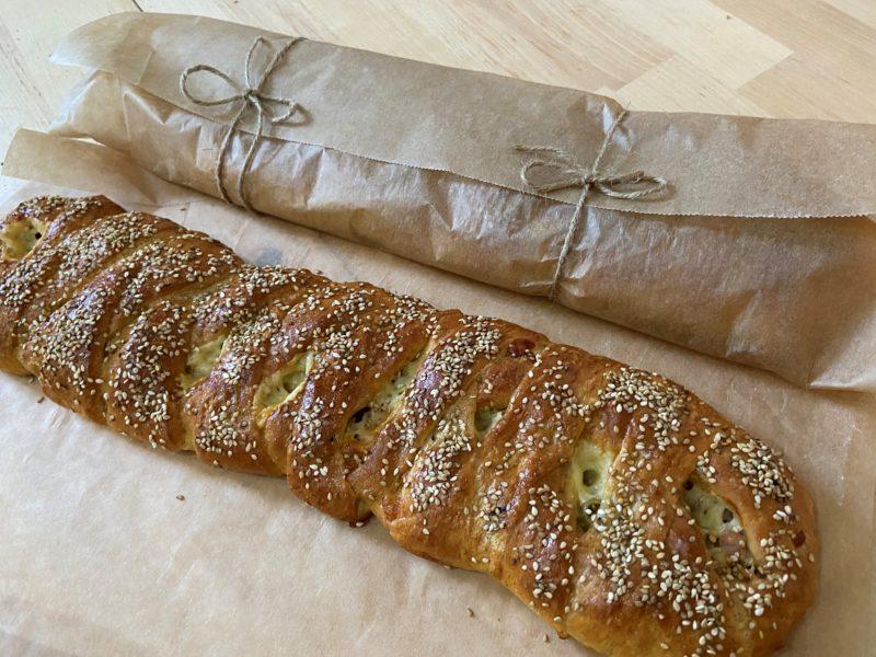 Plaited_bread_